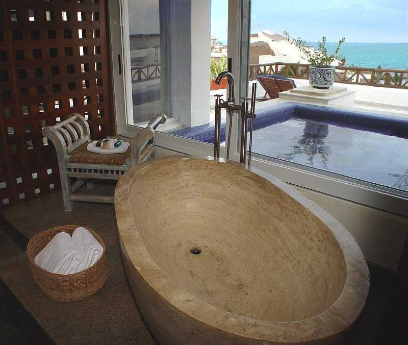 Penthouse Passion Suite Marble Tub