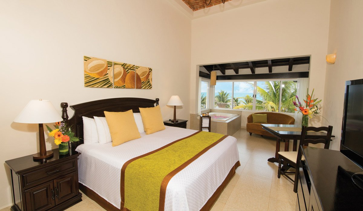 Ocean Front Dome Suite - Hidden Beach Resort